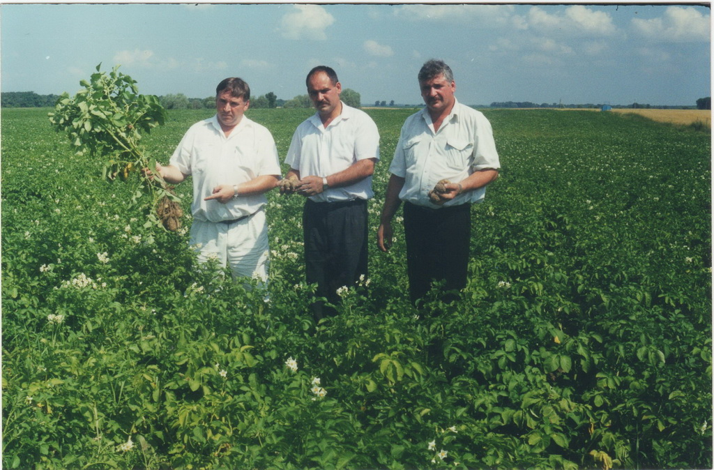 From left to right: Viktor, Anatoliy, Mykola - Lazar's - 1998